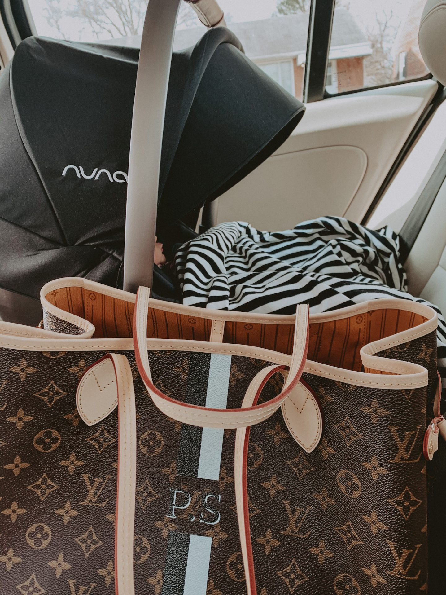 nuna pipa carseat review cathclaire