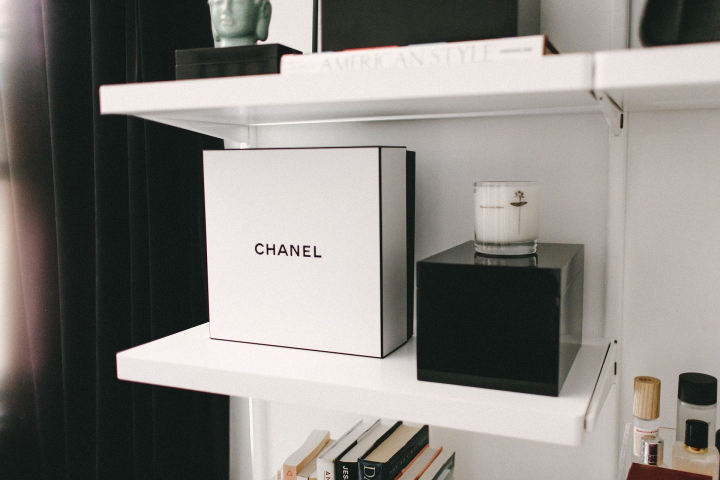 The Candle that Smells like Diptyque Baies for Half the Price